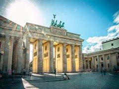 Αθήνα - Βερολίνο Σόνενφελντ (με επιστροφή) από 49,98€